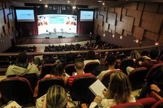 Seminario Folha Desafios do Ensino Superior
