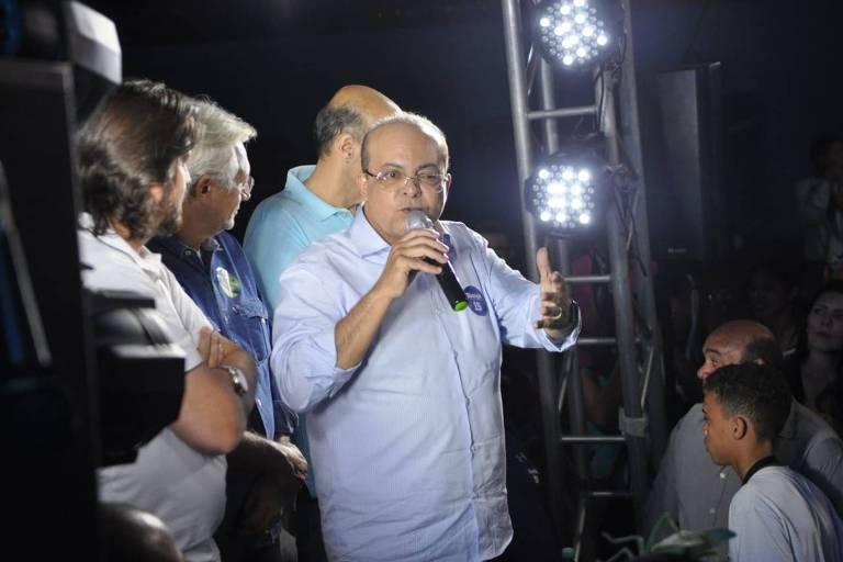 Ibaneis Rocha, candidato do MDB ao governo do DF em campanha