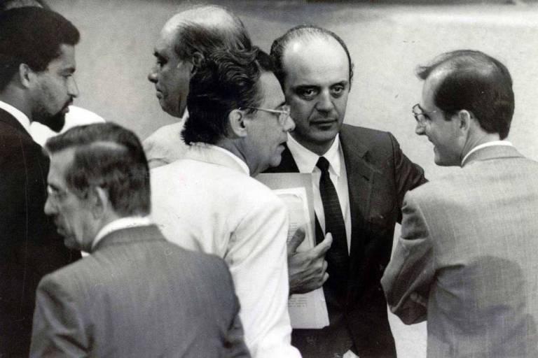 Assembléia Nacional Constituinte 1987-1988, no plenário: Euclides Scalco (PMDB-PR, abaixo, à esq.), Fernando Henrique Cardoso, José Serra e Geraldo Alckmin (todos do PMDB-SP)
