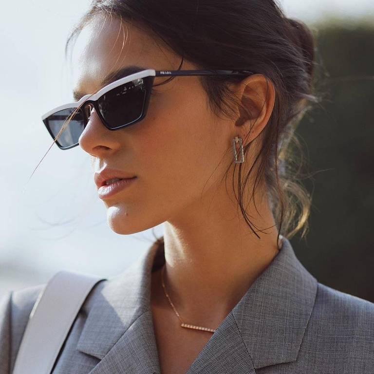 A atriz Bruna Marquezine está passando alguns em dias em Paris