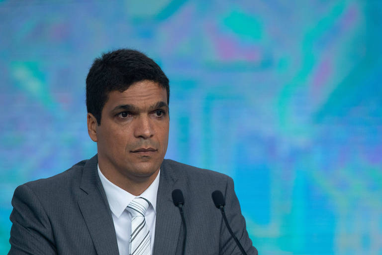 Cabo Daciolo (Patriota) durante debate promovido por Folha, UOL e SBT