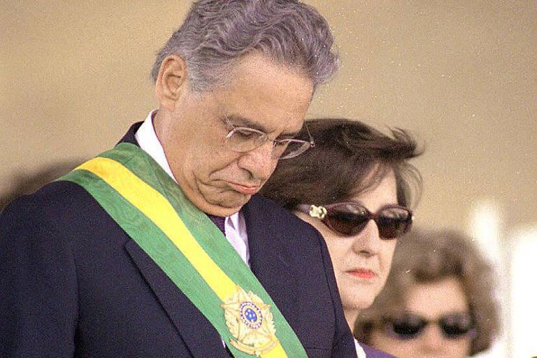 Fernando Henrique e a primeira dama Ruth Cardoso no desfile de 7 de setembro de 1997, em Brasilia