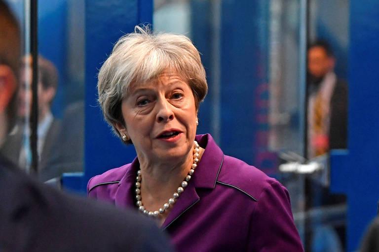 Theresa May na conferência do Partido Conservador em Birmingham nesta terça
