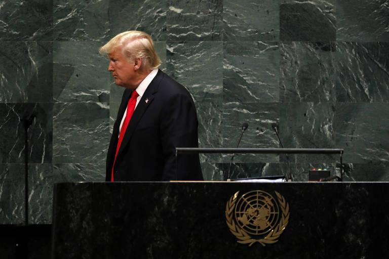 trump sai de púlpito da ONU