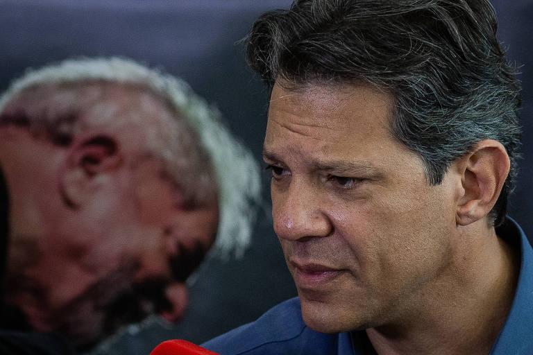 Candidato à Presidência da República Fernando Haddad (PT), durante coletiva de imprensa, em São Paulo