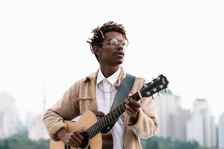 Fabriccio, músico capixaba de R&B