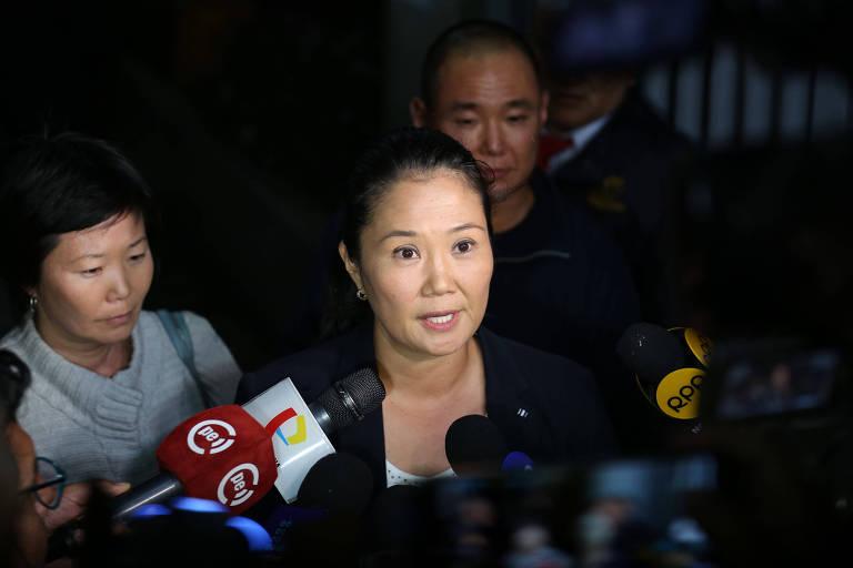 Keiko Fujimori, filha de Alberto Fujimori, em entrevista coletiva em Lima