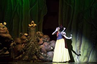 'Branca de Neve' ganha musical pirotécnico