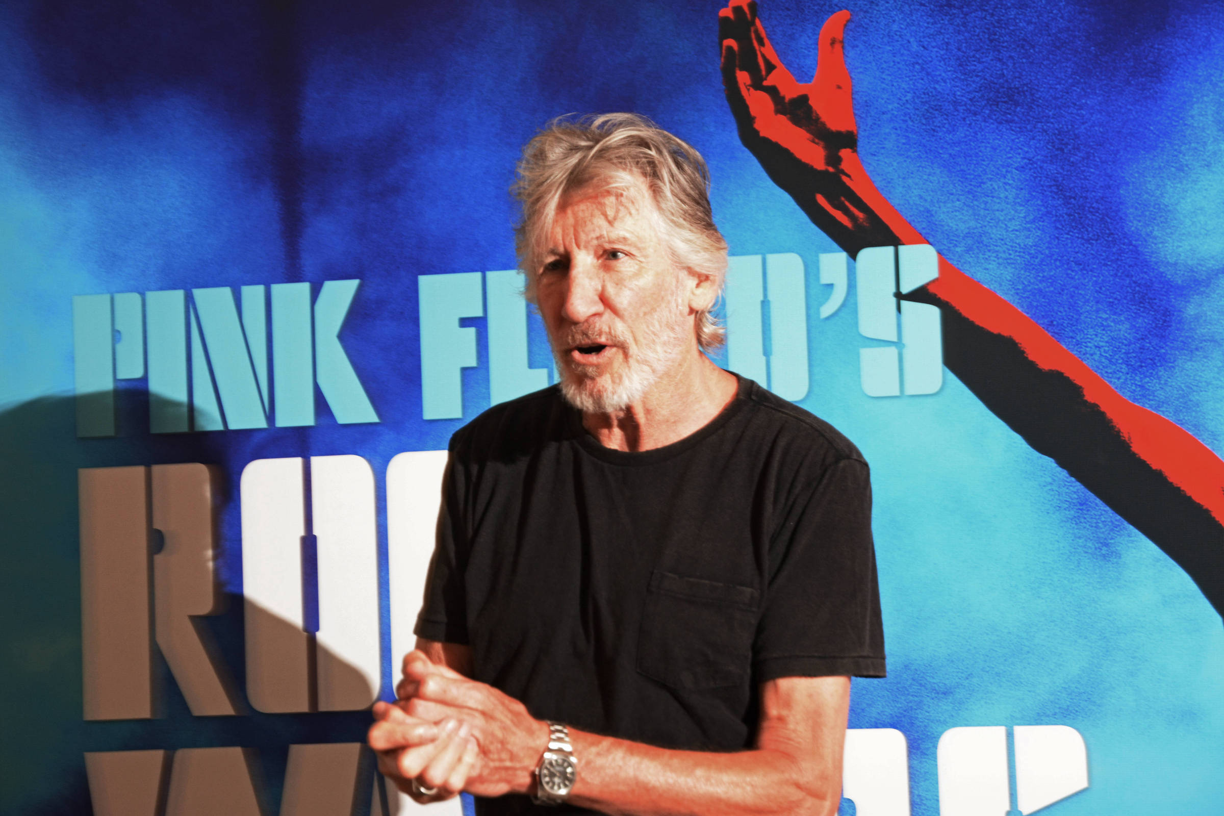 Resultado de imagem para Roger Waters xinhado