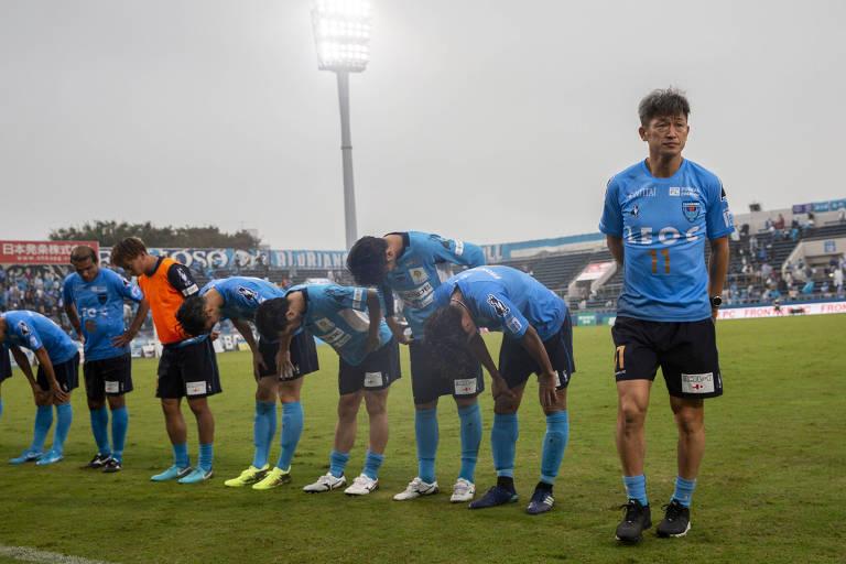 a864ac040e Conheça os segredos de astro do futebol japonês para ainda jogar aos ...