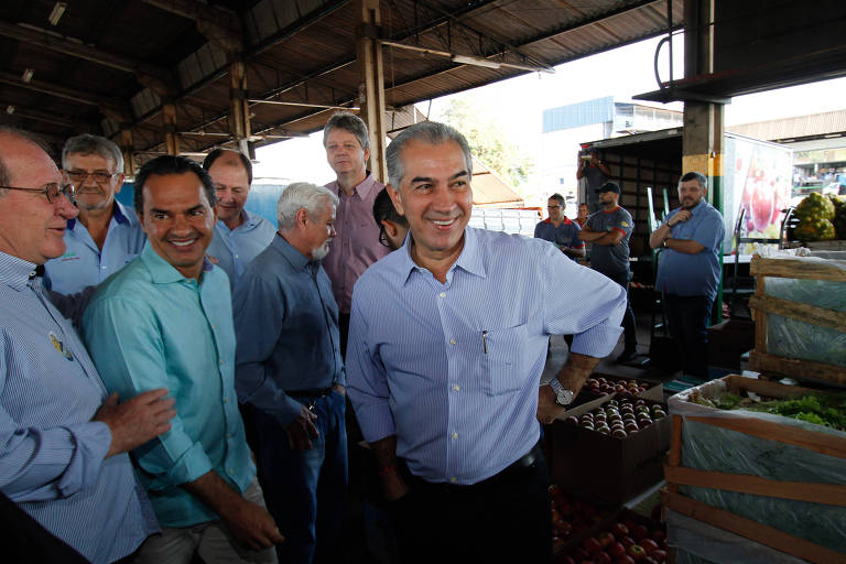 O atual governador do Mato Grosso do Sul, Reinaldo Azambuja (PSDB), durante evento de campanha