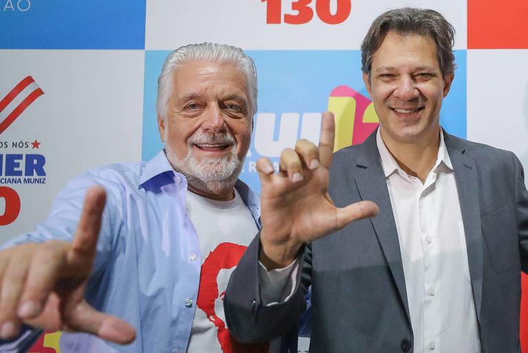 O presidenciável Fernando Haddad (PT) e o senador eleito Jaques Wagner (PT-BA)