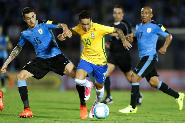 Resultado de imagem para Brasil enfrenta o Uruguai nesta sexta (16) em Londres