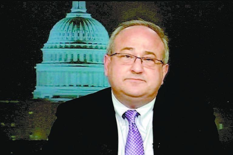 O presidente do Diálogo Inter-Americano, Michael Shifter, durante entrevista à canal americano
