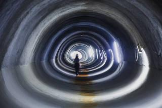 Sob a marginal Tietê, em SP, tubulação de 7,5 km
