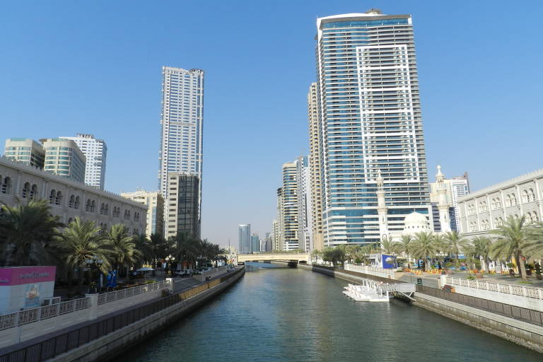 Sharjah, nos Emirados Árabes