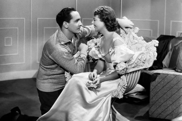 Janet Gaynor e Fredric March em 'Nasce uma Estrela' (1937)