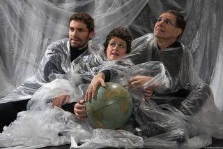 Espetáculo futurista e musical da Branca de Neve são opções de peças para o Dia da Criança