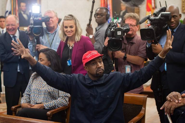 Rapper Kanye West discute reforma prisional com Donald Trump na Casa Branca
