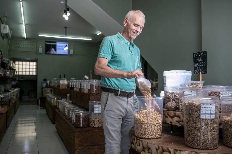 Luiz Carlos Romani no Empório Caju, no Brooklin