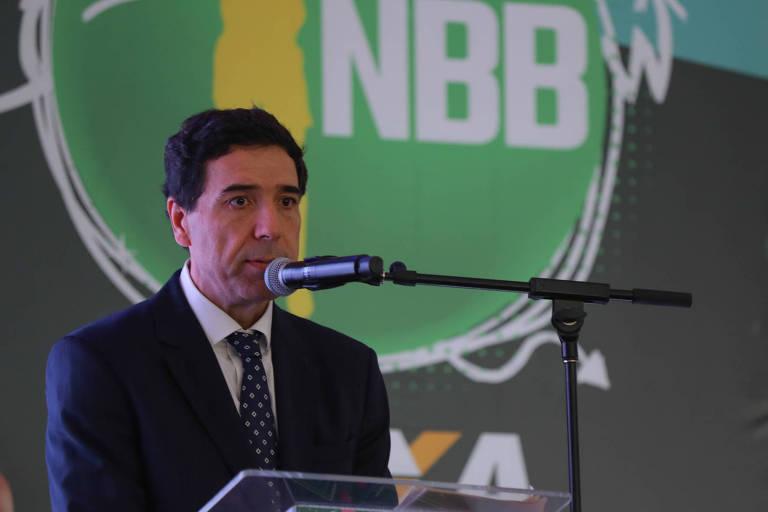João Fernando Rossi, presidente da Liga Nacional de Basquete, que organiza o NBB, discursa em evento