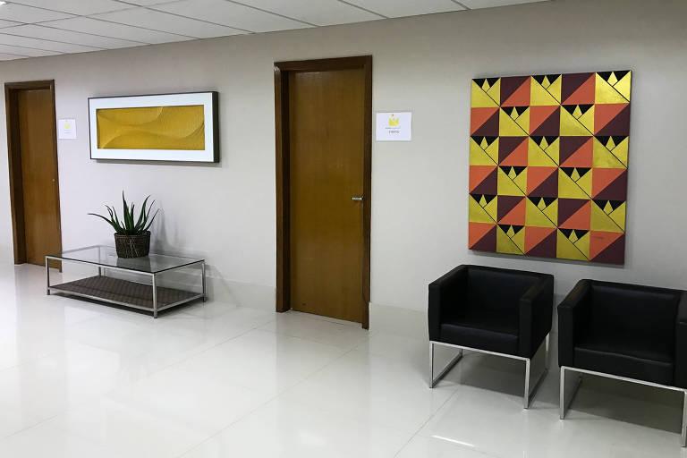 Hall de entrada para salas de reunião onde parte da equipe de campanha de Jair Bolsonaro (PSL) se encontra no Hotel Brasília Imperial