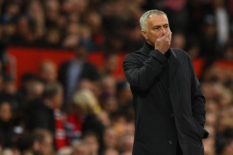 José Mourinho vem sofrendo críticas de todos os lados por seu trabalho no United