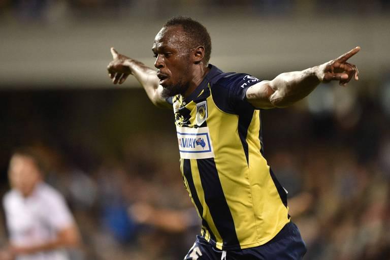 Bolt fez dois gols em aventura no futebol da Austrália