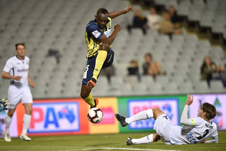 Bolt brilha em goleada do Central Coast Mariners