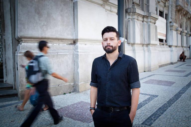 O escritor J. P. Cuenca