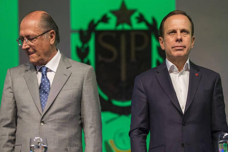 Geraldo Alckmin e João Doria durante cerimônia no Palácio dos Bandeirantes, em setembro de 2017