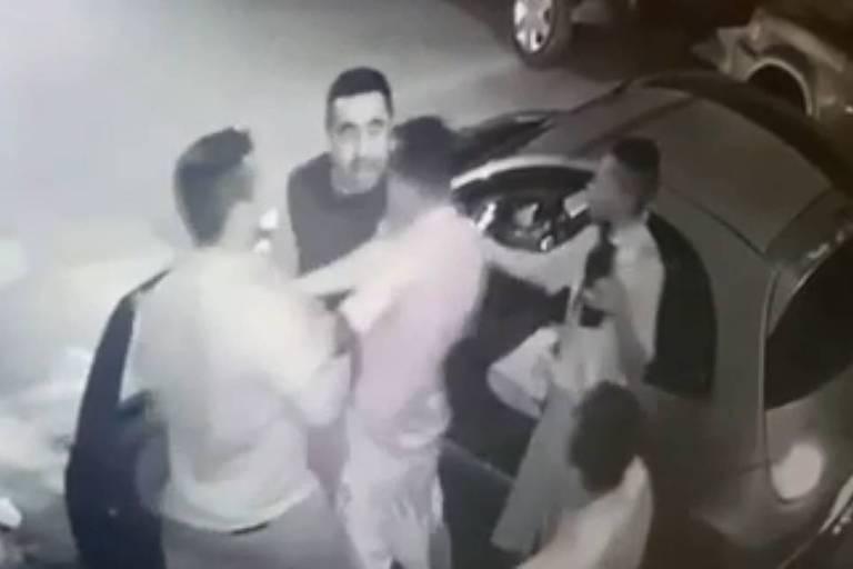 Homens acuam policial em Franco da Rocha