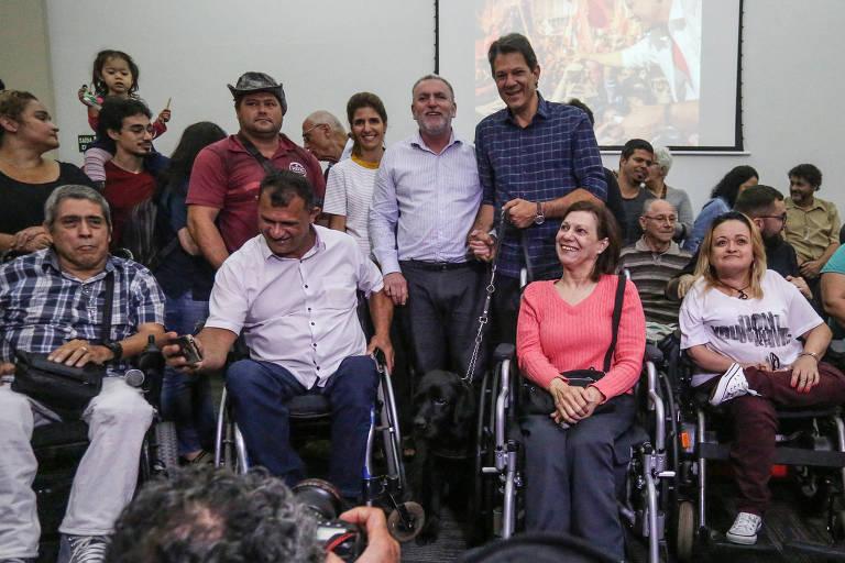 O presidenciável Fernando Haddad (PT) participa de evento com pessoas com deficiência