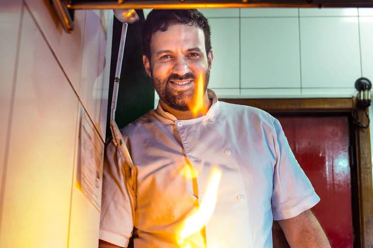 O chef Marcelo Corrêa Bastos, no restaurante Jiquitaia