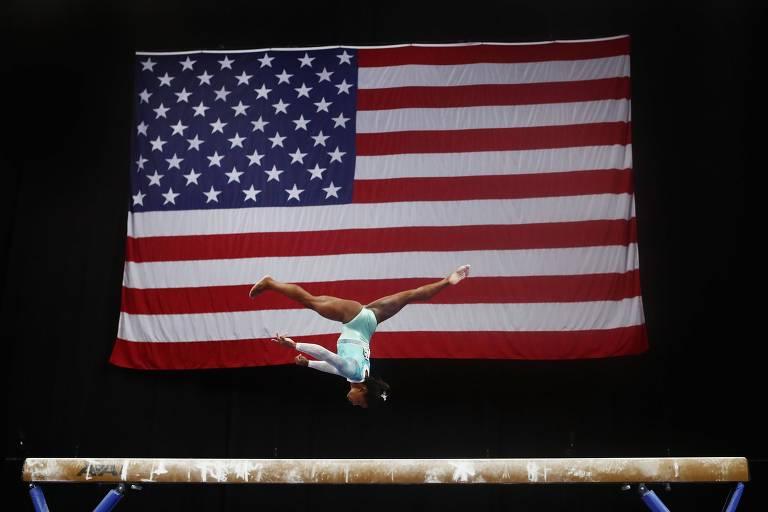 Estrela da ginástica dos EUA critica tuíte de dirigente sobre campanha da Nike
