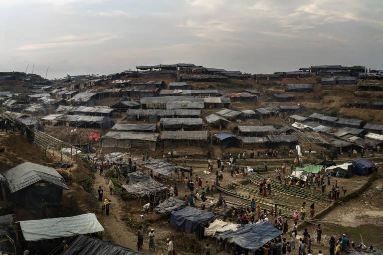 Campo de refugiados rohingya em Thang Khali, Bangladesh