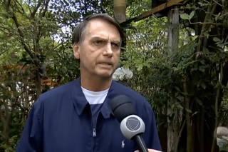 Jair Bolsonaro dá entrevista ao Domingo Espetacular
