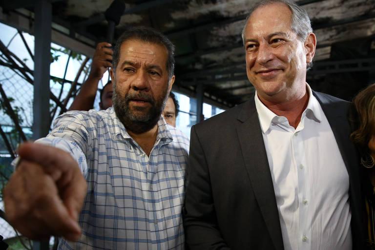 O presidente nacional do PDT, Carlos Lupi,, ao lado do então candidato Ciro Gomes em 2018