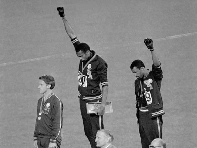 Há 50 anos, protesto de atletas em Olimpíada expunha o racismo nos EUA