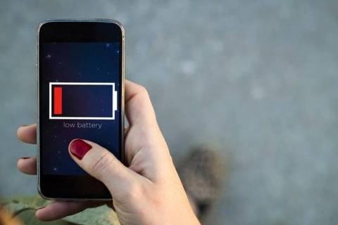 Aplicativos prometem economizar bateria de smartphone