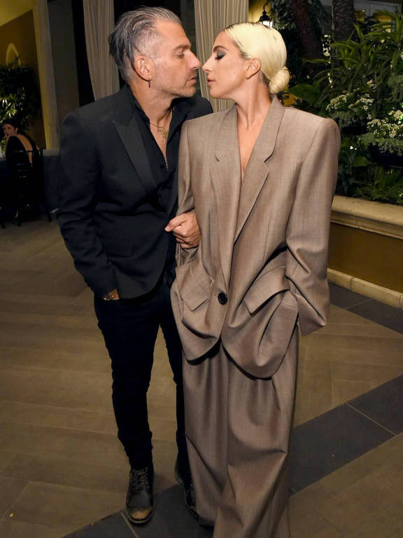 Lady Gaga - Oficial