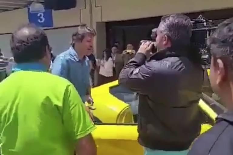 Comprova: Vídeo de Haddad andando em uma Ferrari é de 2016 e foi gravado em Interlagos