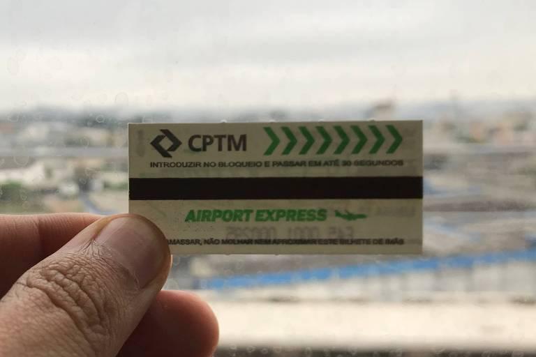 Bilhete especial da CPTM para viagens expressas entre a Luz e Cumbica, em Guarulhos