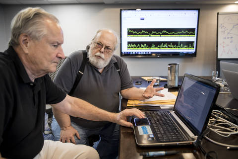 Curtis Rogers, left, and John Olson, co-creators of the GEDmatch database that can now identify 60 percent of Americans of Northern European ancestry, in Houston, Oct. 13, 2018. Fifteen murder and sexual assault cases have been solved since April with GEDmatch, which went from a casual side project to a revolutionary tool.  (Scott Dalton/The New York Times) ORG XMIT: XNYT24