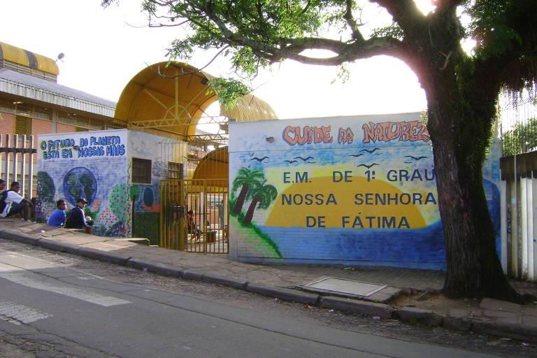 Escola Nossa Senhora de Fátima, em Porto Alegre, onde houve tiroteio nesta terça (16)