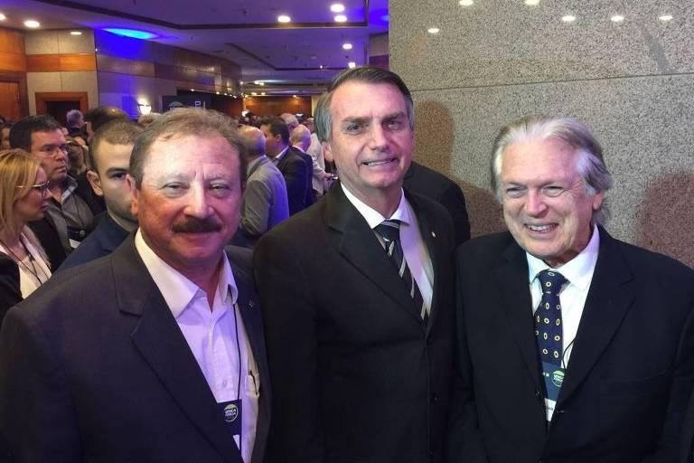 UDR president Luiz Antonio Nabhan Garcia, presidentual candidate Jair Bolsonaro and PSL former president Luciano Bivar