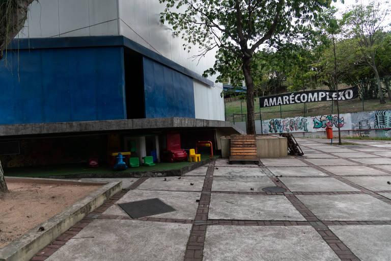 Arena Carioca Dicró, na Penha (zona norte), espaço cultural que foi usado por militares como base durante operação no Rio