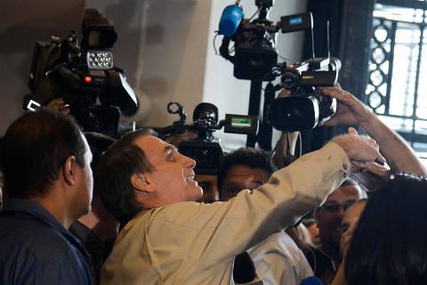 Liberais de Bolsonaro querem golden shares para destravar privatização com militares