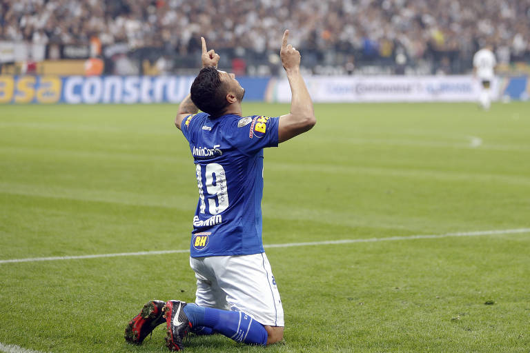 Cruzeiro vence o Corinthians e conquista o sexto título da Copa do Brasil