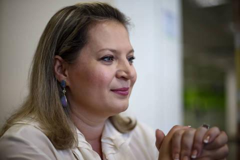 BRASILIA, DF,  BRASIL,  16-10-2018, 12h00: A deputada eleita por SP Joice Hasselmann (PSL) durante entrevista à Folha, após desembarcar no aeroporto de Brasília. (Foto: Pedro Ladeira/Folhapress, PODER) ***EXCLUSIVO***